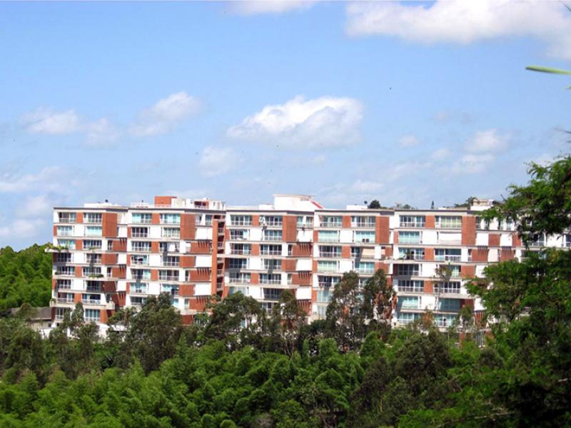 2004 Conjunto Residencial Altosol